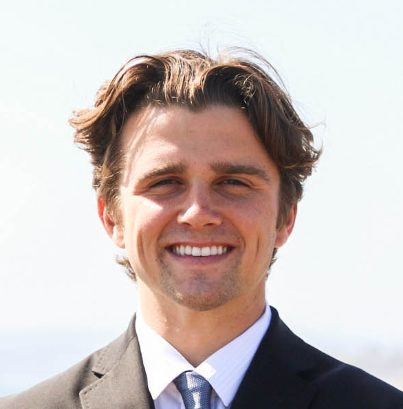 Jackson Hinkle, Co-Founder & Candidate   As a San Clemente resident, Jackson has long been a witness to the lack of comprehensive leadership on his town's city council. Jackson decided to start Orange County Students For City Council to revolutionize local politics, underscore the importance of youth representation in government, and empower youth across the globe.