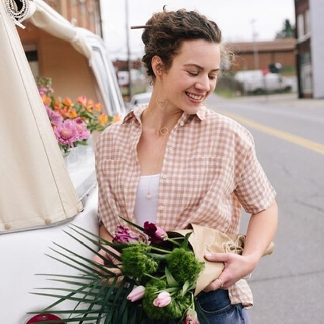 Happy Monday peeps! How gorgeous does she look in the peruvian opal dainty lariat, and labradorite V earrings?! #mondayvibes #happyvibes #freshflowers . . . . . . . . . #flowertruck #allwhatsbeautiful #petitejoys #photostyling #photoshoot #springtrends #lariat #daintyjewelry #searchwandercollect #bohomama #minimalistjewelry #downtownjc #handcraftedjewelry
