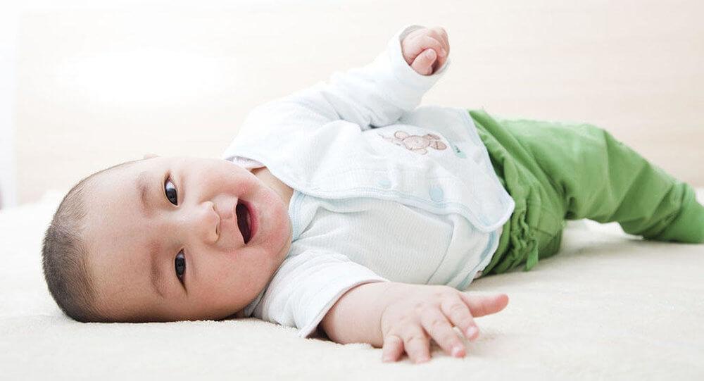 6 Motivos para não Sentar seu Bebê