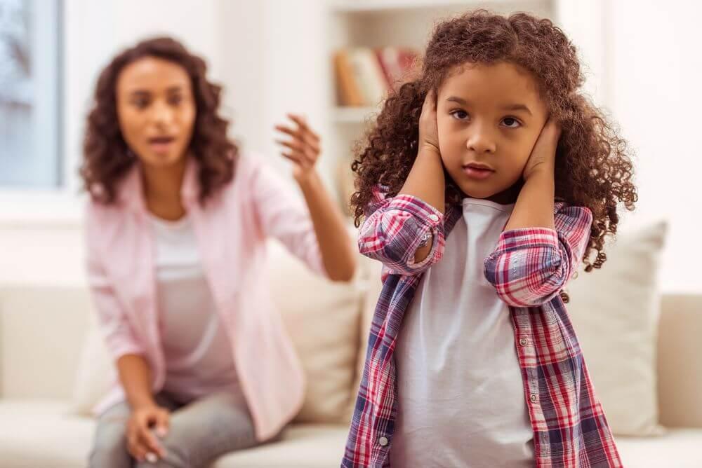 Criança que não escuta