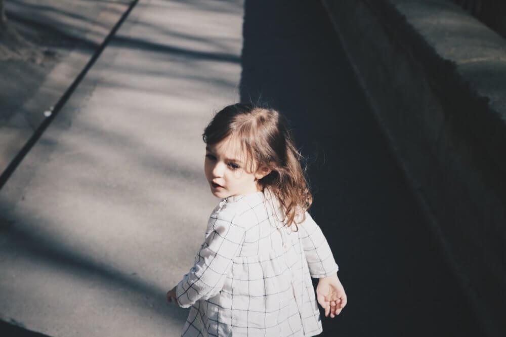 O que determina se a criança é bem ou mal comportada?