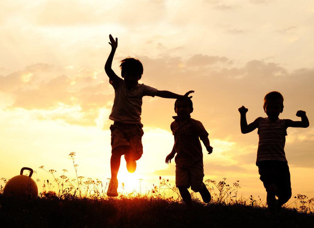 Benefícios de brincar ar livre