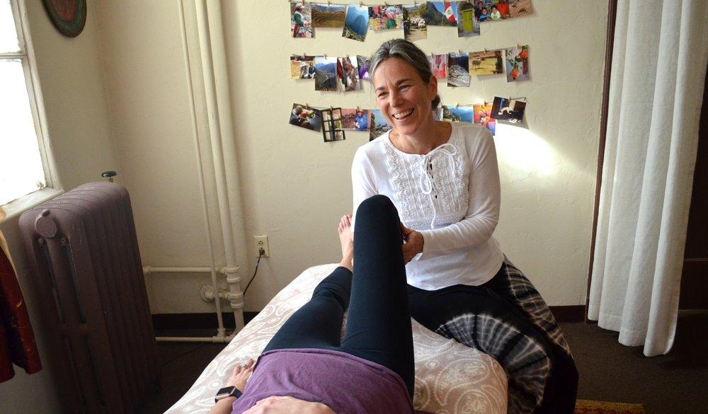 Linda Haga - Bowenwork Knee Procedure
