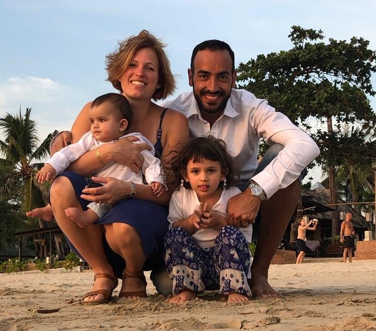 Familjen pa thaimout paa koh lanta.jpg