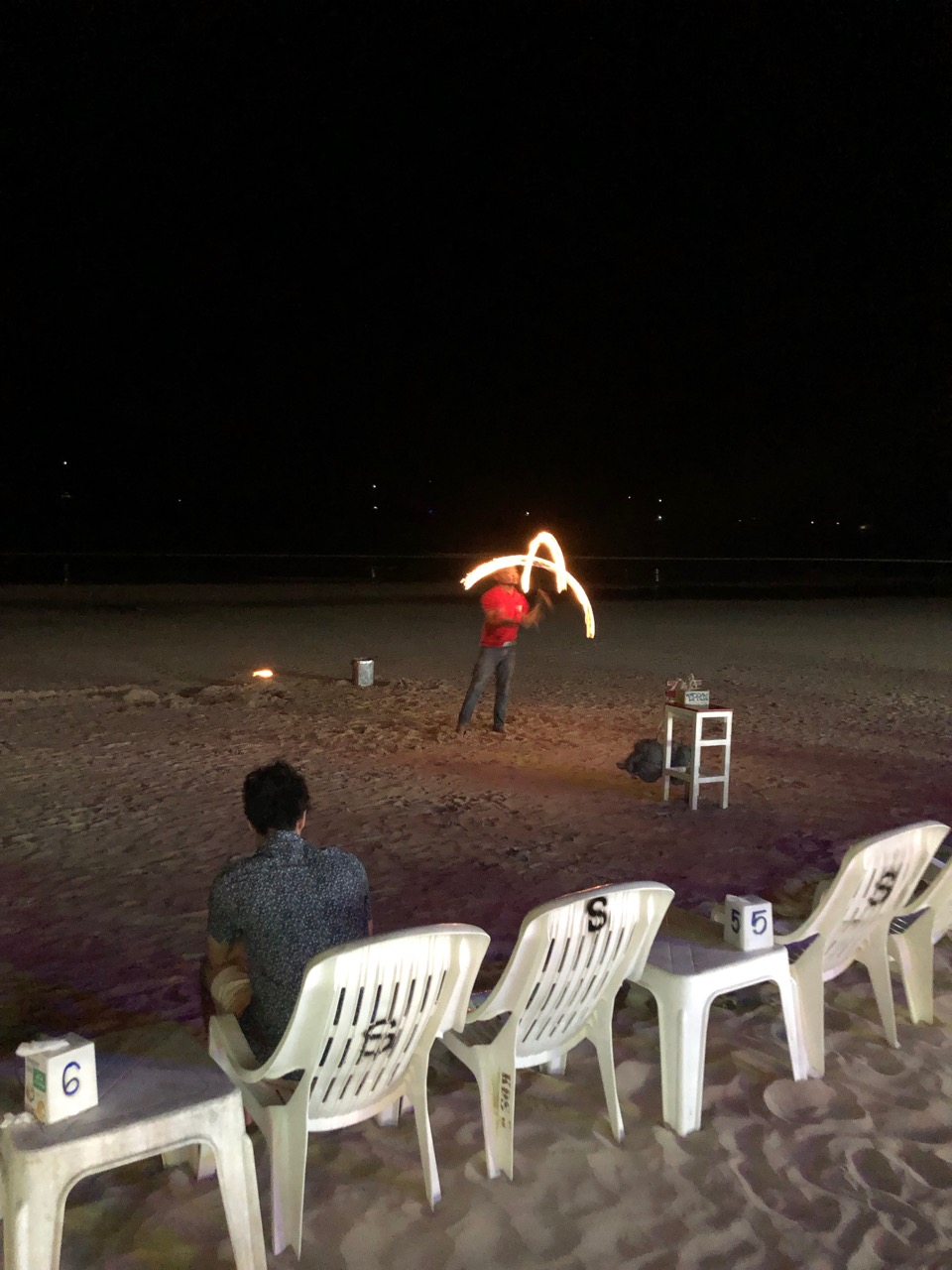 Eldshow är imponerande.