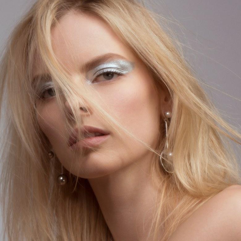spring-makeup-trends-allure-elza.jpg