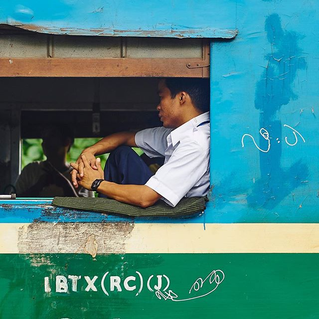 Train of thoughts. #myanmar #yangoon #wanderaimlessly #grinlikeadog #olympusnorge #olympusnorway #gvfoto