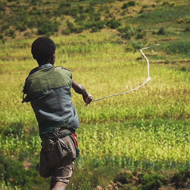 Scarecrow - #grinlikeadog #wanderaimlessly #ethiopia #lalibela #olympusnorge #africanportraits