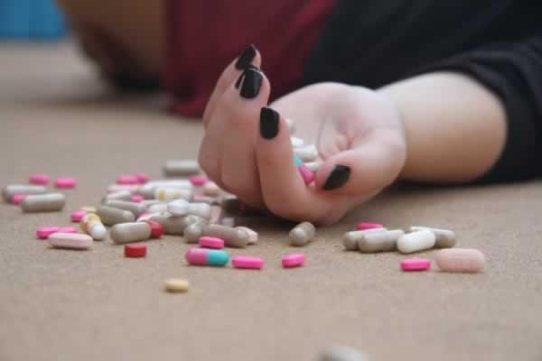 Drugs-pills.jpg