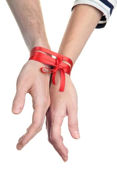 RYAN-codependency-help-two-hands-tied-together-min.jpg