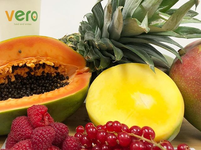 Nuovi box di frutta tropicale e frutti rossi. 😋😋 #verofoodandsmiles #verofood #vero #food #rome #roma #fruit #tropicalfruits #frutta #healthyfood #summeriscoming #springsummer2019