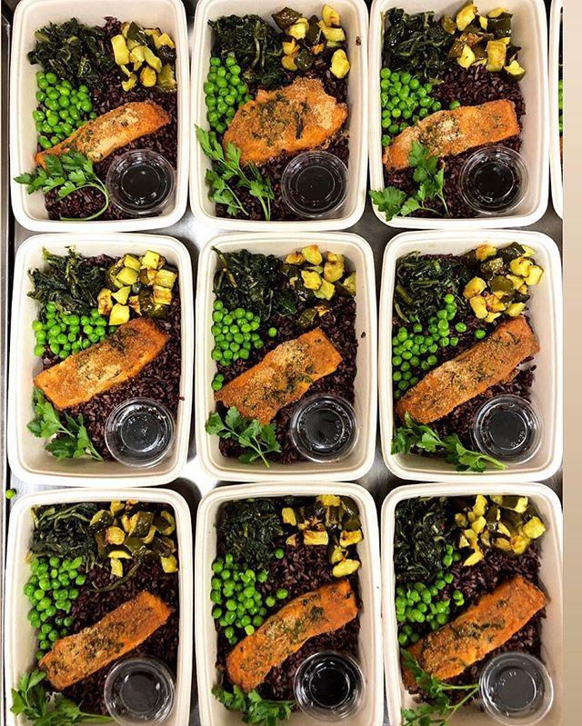 Salmone al forno in salsa Teriyaki #verofoodandsmiles #vero #verofood #food #salmon #salmone #fish #venererice #blackrice