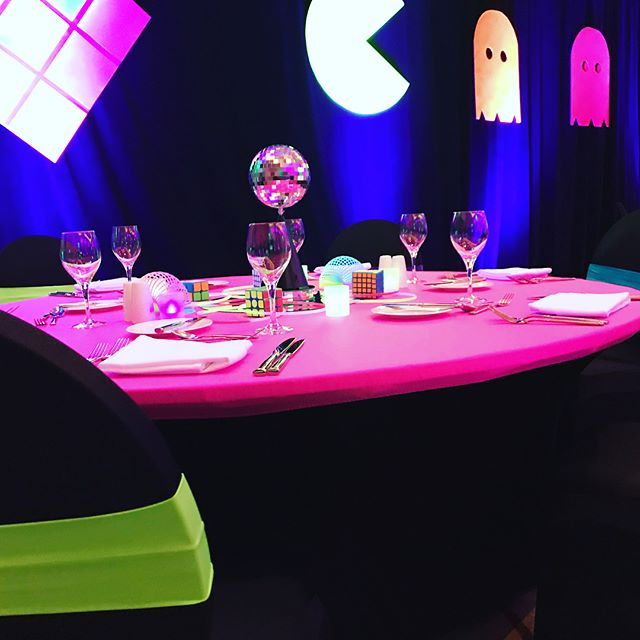 Nothing like an 80's theme to warm you up on a cold night! Corporate party fun @salamanderresort #rubikscube #slinky #pacman #loveloudoun #middleburg #wiigames #corporateevents #prettyinpink #neon #disco