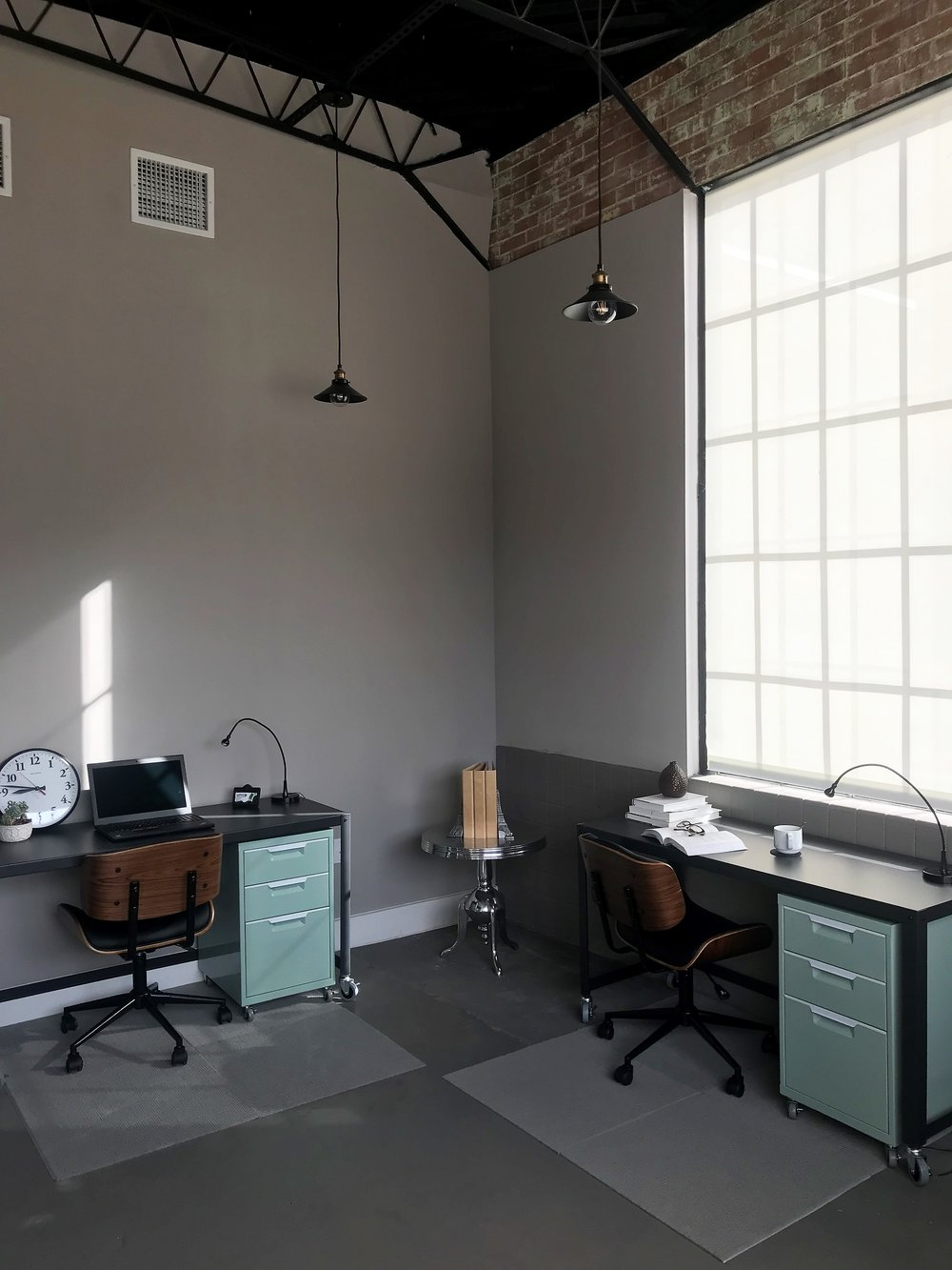 Suite 1 Desks - Unico.jpg