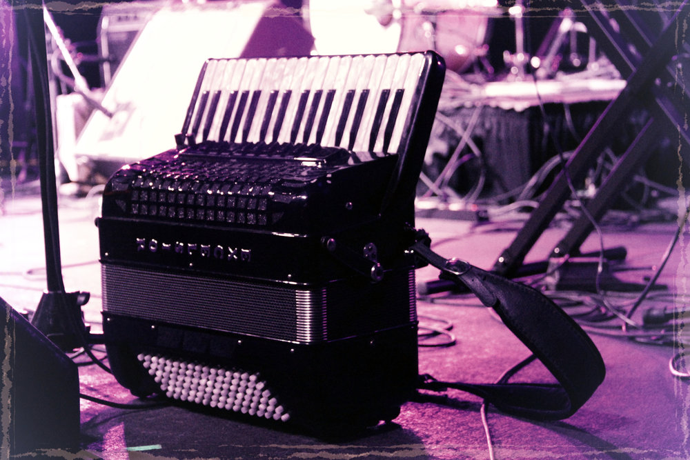 accordion effect.jpg