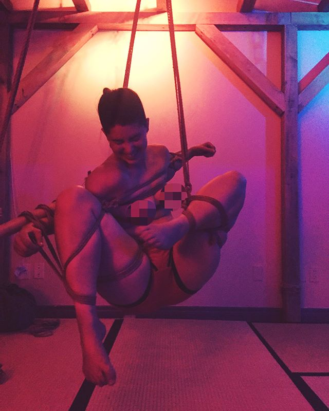Sorry I've been awol you guys, I'm galavanting around Europe teaching until the 21st. To continue to tide you all over here are some more shots of the lovely @little_bluejayy94 from a couple of weeks ago.  #rope #ropebondage #bondage #shibari #kinbaku #tied #tiedup