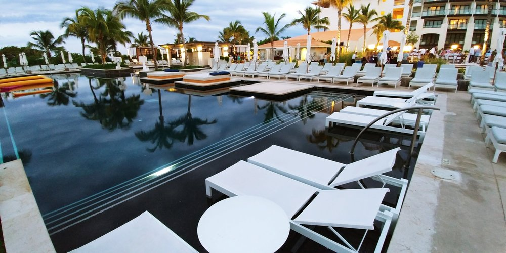 UNICO 20 87 Riviera Maya