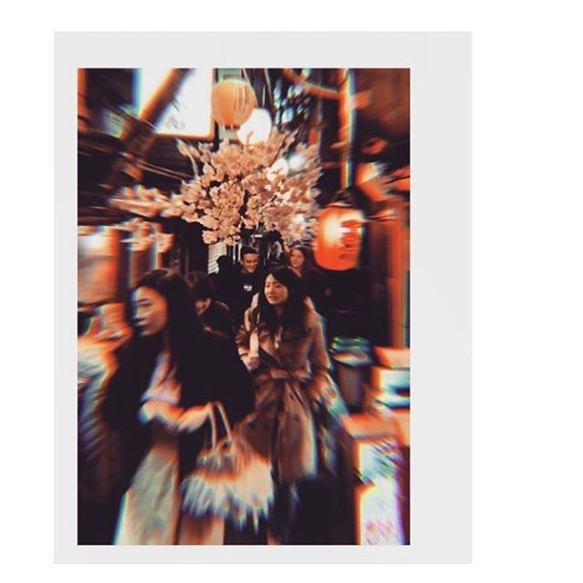 #shinjuku moments . . . . . #blur #japan #street #urban #alleyway #lantern #sakura #blurry #cherryblossom #chillvibes #travel #urbanvibes #night #red #nightscene #nightscape #urban #discovideos #placesandprose #iphoneography #pissalley #memorylane #omoideyokocho #tokyo