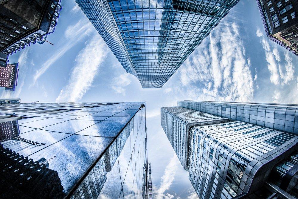 Consultoría LEED y otras certificaciones   Brindamos asesoría durante el diseño y la construcción para lograr certificaciones de edificios sustentables, como LEED, WELL, True Waste, Living Building Challenge, entre otras.