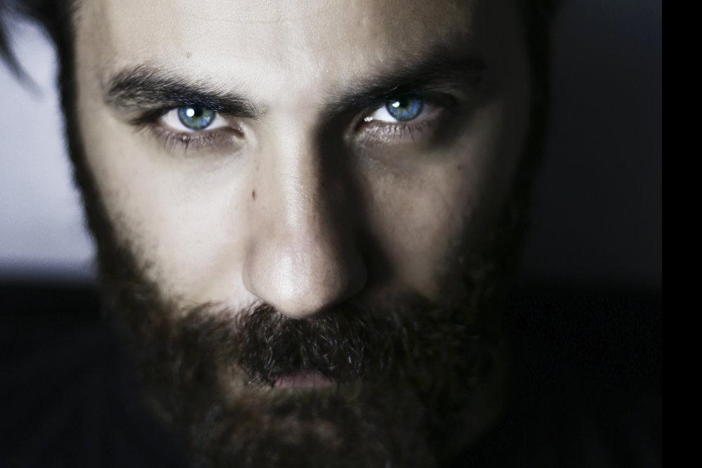 Bearded-man-portrait-close-up-blue-eyes-686990658_3648x2432.jpeg