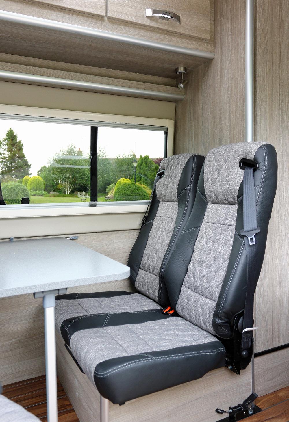 Explorer additional travelling seats