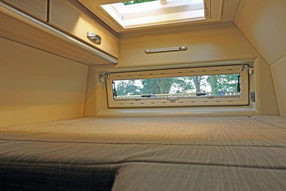 Explorer Sport rear fixed bed