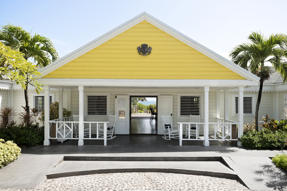 luis-pons-design-interior-tropical-hotel-stbarths_1.jpg