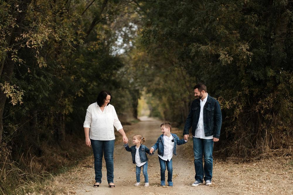 Séance photo en famille en extérieur à partir de 127€