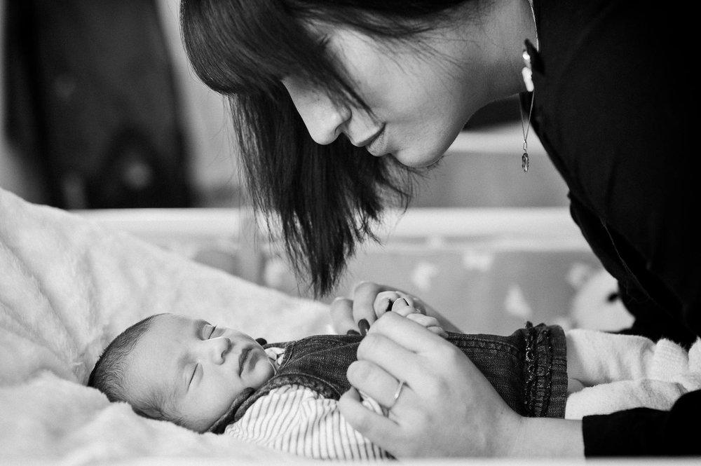 Séance photo naissance à domicile à partir de 157€
