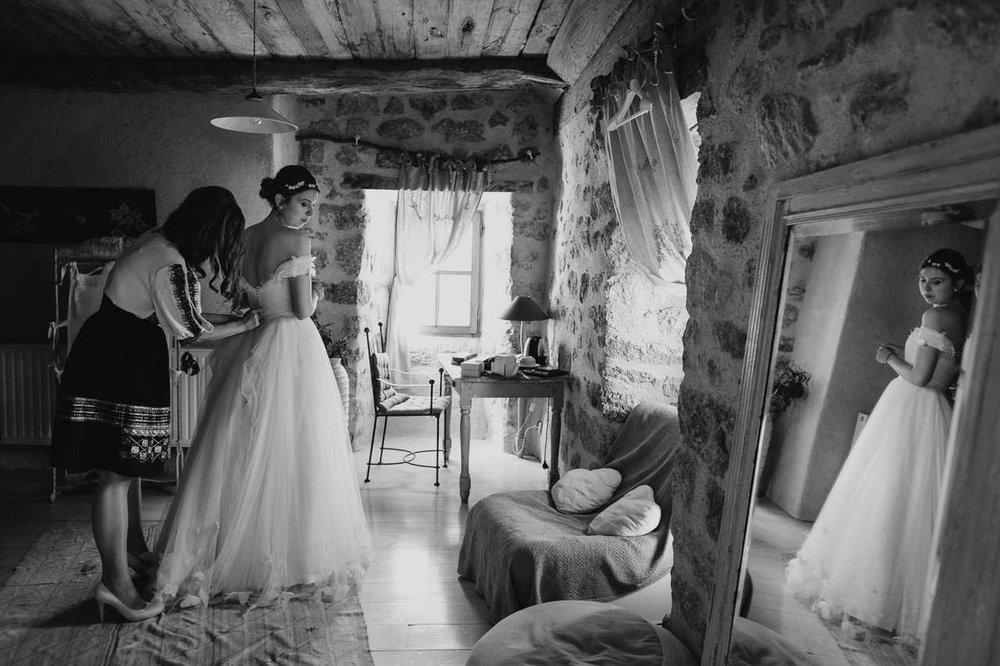 un-mariage-au-mas-nouveau-de-genolhac-en-hautes-cevennes-02.jpg