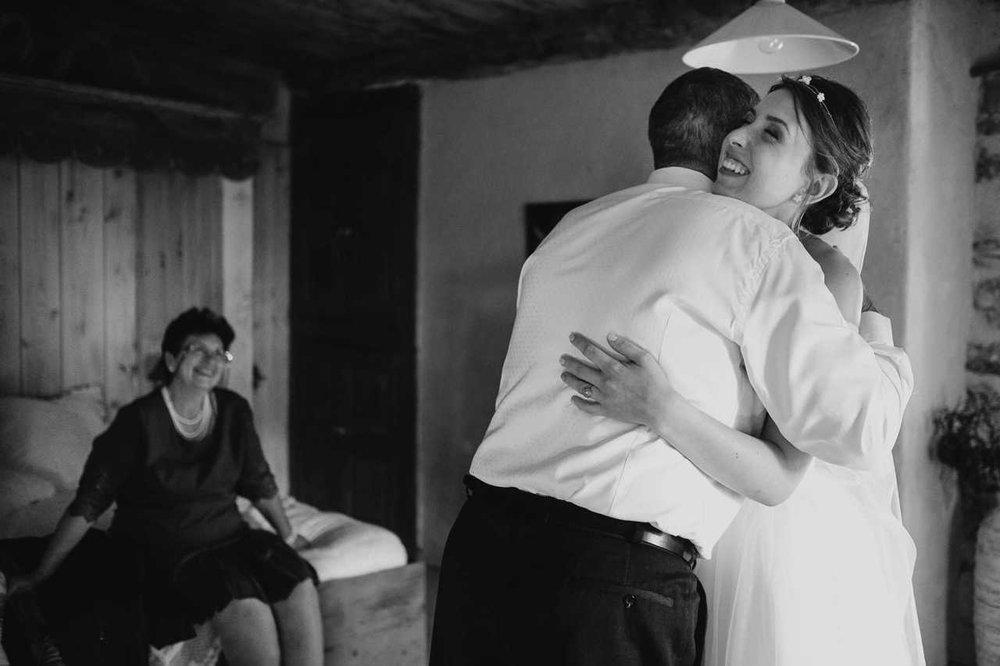 un-mariage-au-mas-nouveau-de-genolhac-en-hautes-cevennes-09.jpg