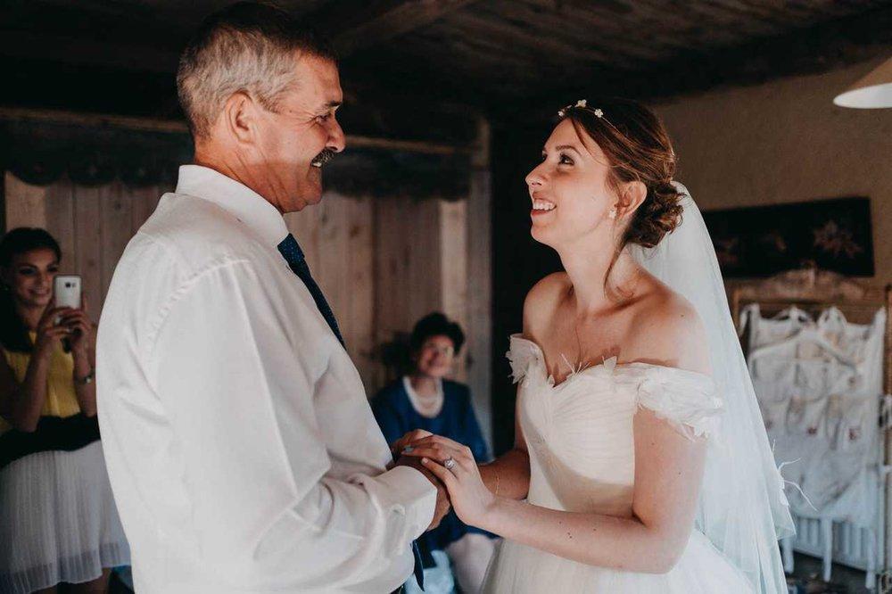 un-mariage-au-mas-nouveau-de-genolhac-en-hautes-cevennes-10.jpg