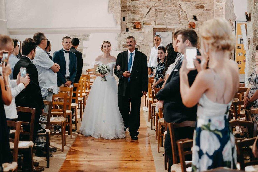 un-mariage-au-mas-nouveau-de-genolhac-en-hautes-cevennes-24.jpg
