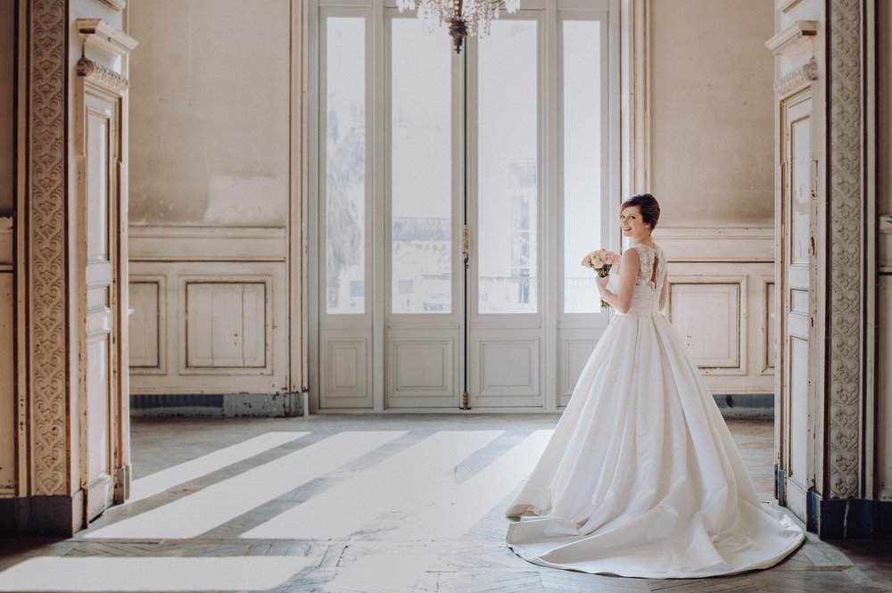 photographe-mariage-opera-montpellier-robe-de-mariee-studio-lm-1016.jpg
