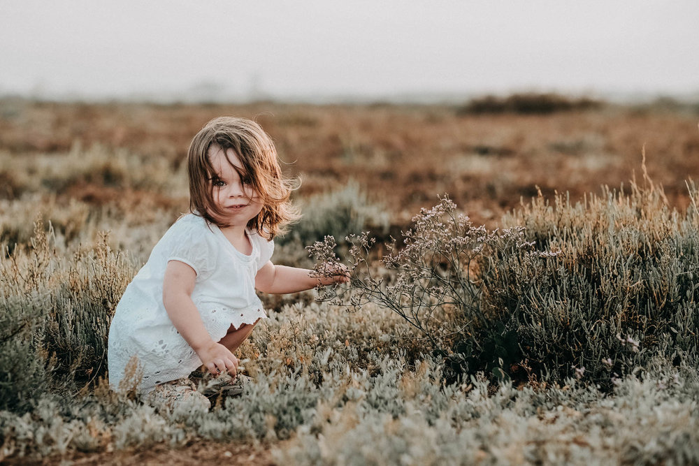photo-enfant-naturelle-a-la-plage.jpg