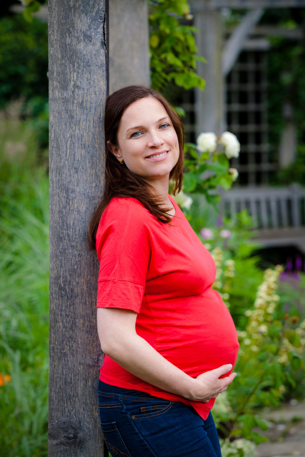 Maternity photography on location, Brockwell Park, Herne Hill, London