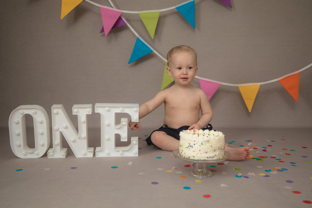 Children photography cake smash in studio, Herne Hill, London