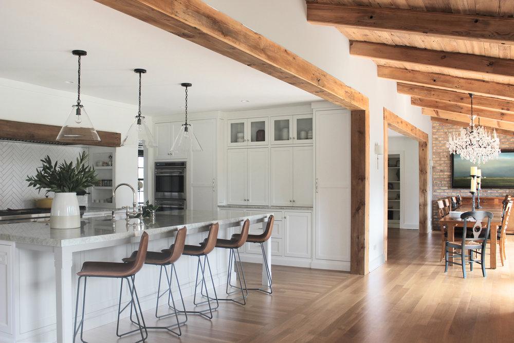 Kitchen (3)ab.jpg