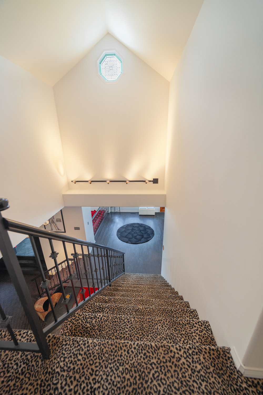 Upstairs2.jpg