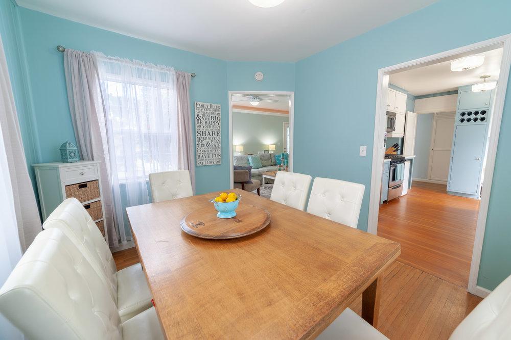 diningroom2.jpg