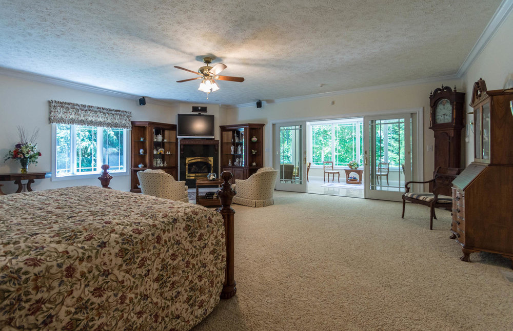 5600 Nathan Way Bloomington IN-large-021-25-Master Suite-1500x969-72dpi.jpg