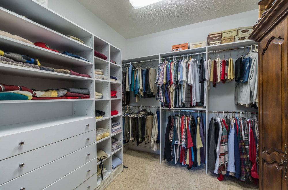 5600 Nathan Way Bloomington IN-large-030-33-Master Closet-1500x994-72dpi.jpg