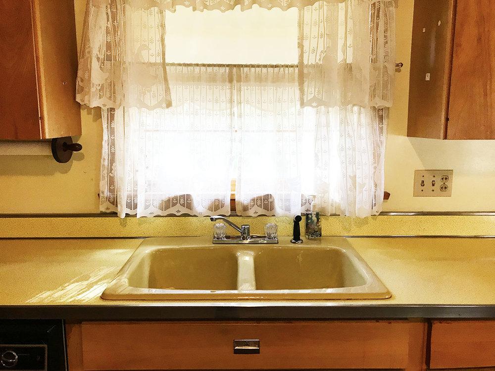 08_Kitchen_3.jpg