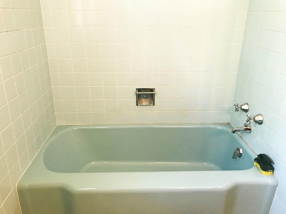 14_Bath1_4.jpg