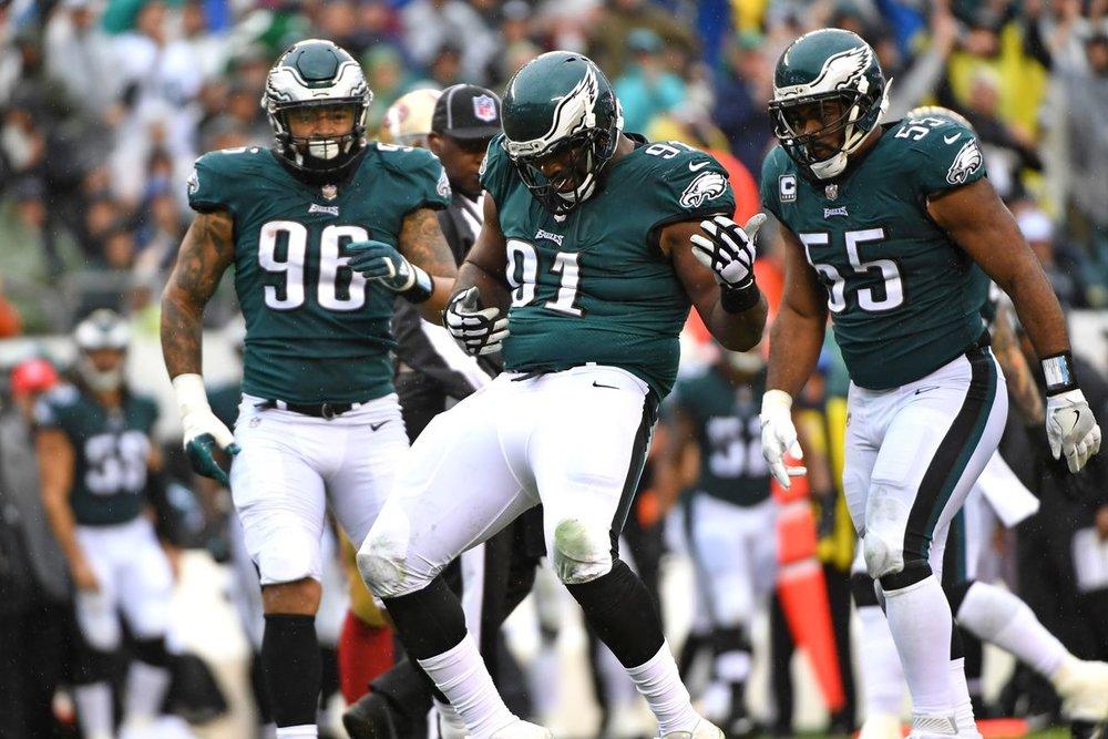 eagles defense.jpg