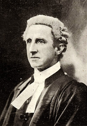 Albert Bathurst Piddington (pictured) was appointed to the High Court in April 1913 and resigned a month later, never sitting on the bench, following criticism of court stacking in his appointment.  He was, however, always well respected and appointed Kings Counsel in 1921.
