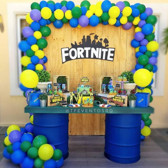 Fornite Backdrop, custom designed for your birthday party!