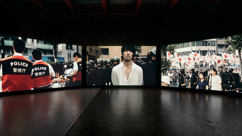 "Meiro Koizumi ""Today My Empire Sings"" installation view at Vacant, Tokyo, 2017. photo: Shizune Shiigi. Courtesy of Meiro Koizumi Studio and MUJIN-TO Production"