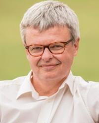 Peter van Manen 200x250.png