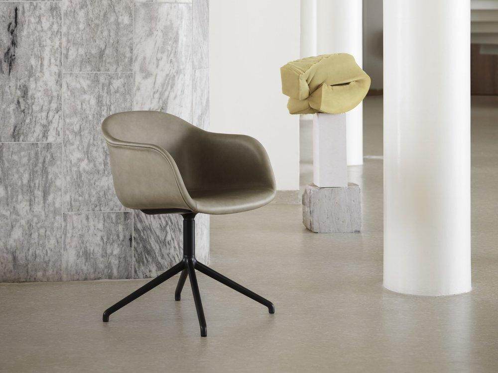 Fiber-armchair-swivel-silk-stone-muuto-org.jpg